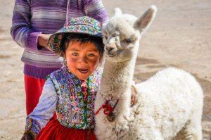 Colours of Peru – Chimu Adventures